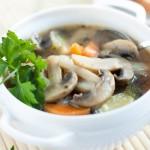Подача грибного супа