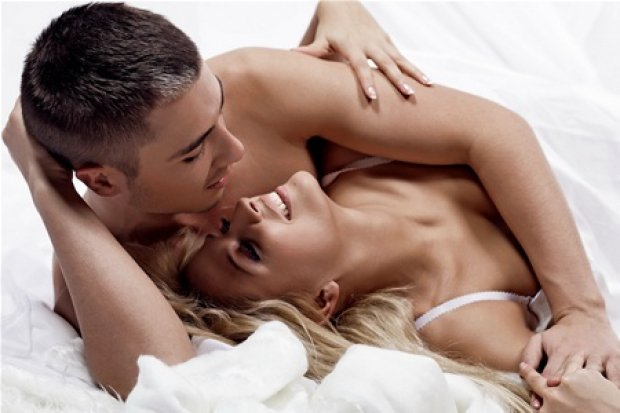 Секс между мужчиной и женщиной powered by dle